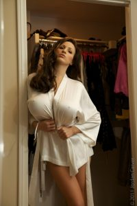 bouncy ball chair jordan carver in white robe