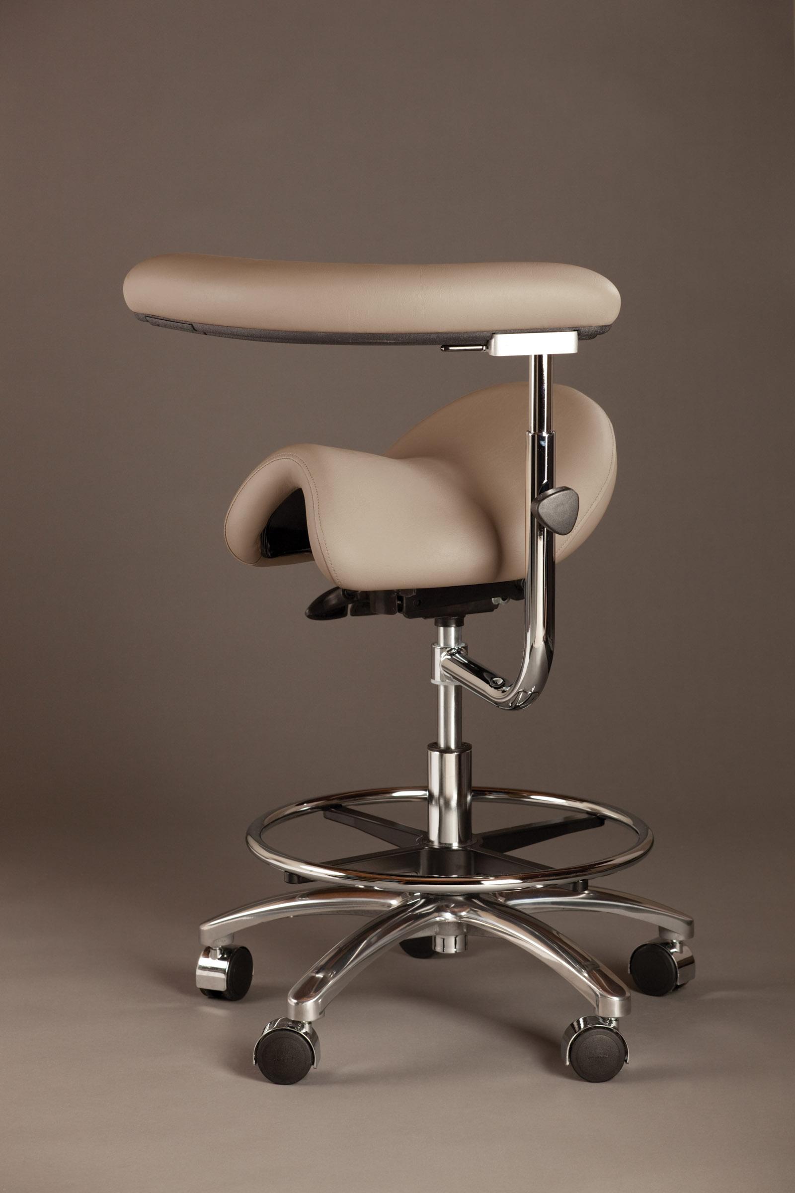 dental saddle chair