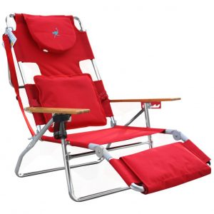 ostrich in beach chair n deluxe red