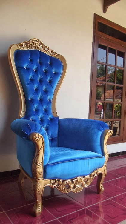 royal chair rentals