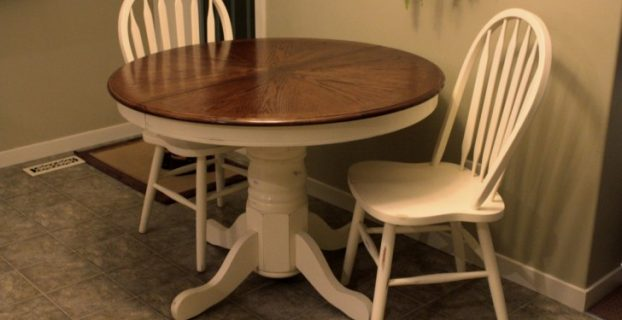target windsor chair simple dining room design white painted round extending pedestal kitchen table windsor side chairs white color grey ceramic tile flooring beige painted walls ideas x